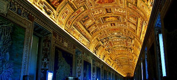 Vaticaanmuseum by night